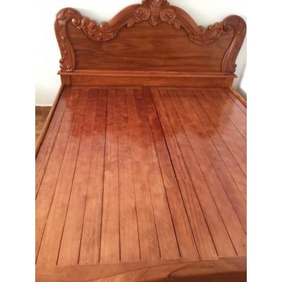 Giường gỗ cao cấp 01